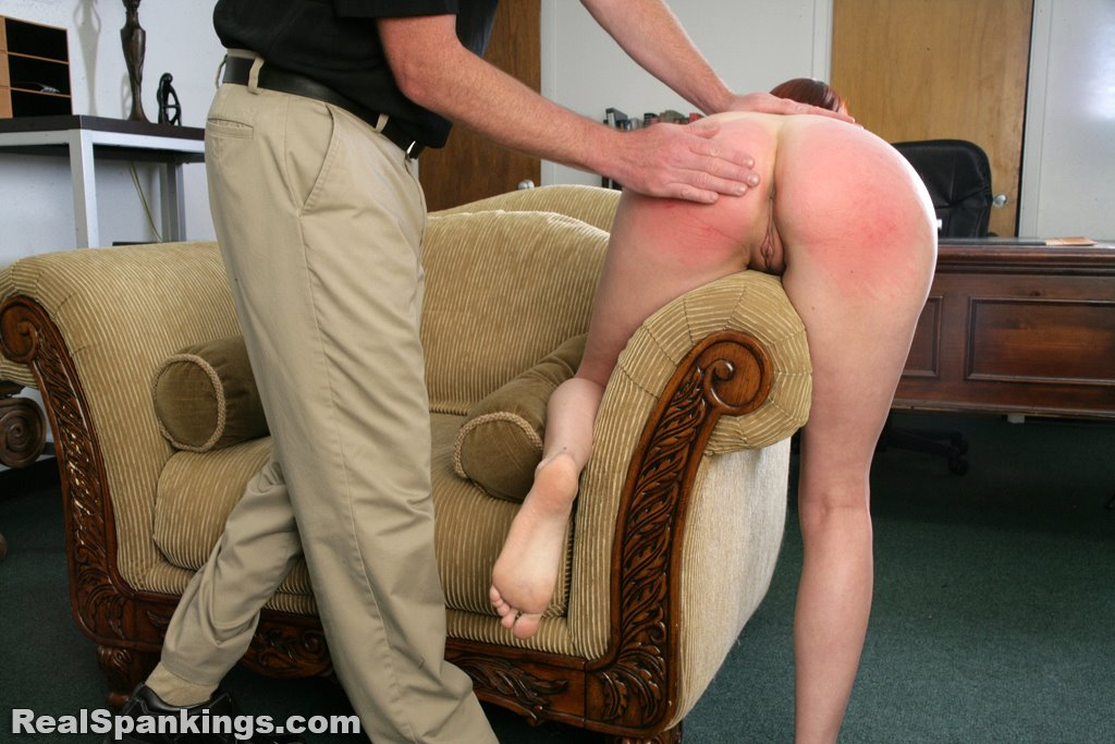 Real Spankings - Alyssas Fully Nude Straddled Hand -9396