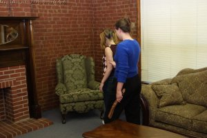 Real Spankings - Amy's Strapping - image 11