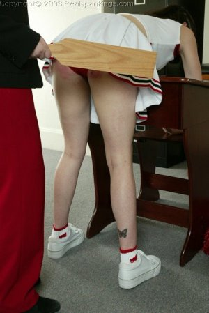 Real Spankings - Donna's Cheerleader Punishment-paddle - image 1