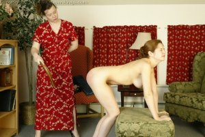 Real Spankings - Michelle's Nude Strapping - image 13