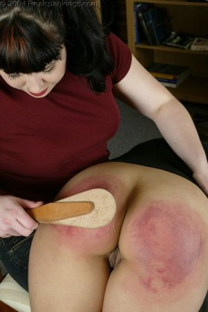 Real Spankings - Cindy's Spanking Test - image 17