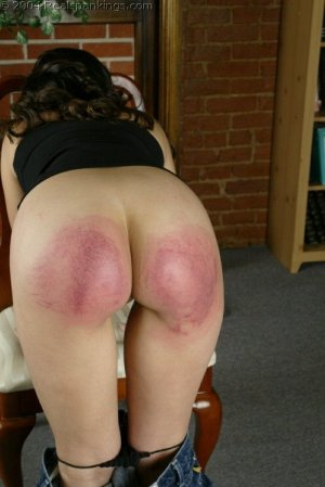 Real Spankings - Cindy's Spanking Test - image 12