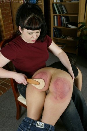 Real Spankings - Cindy's Spanking Test - image 1