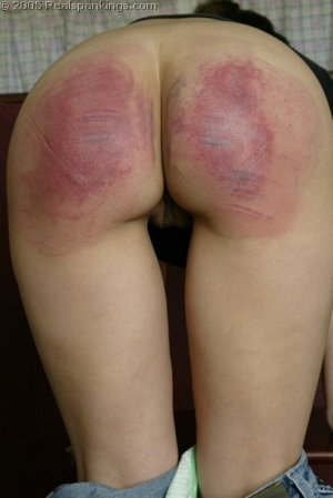 Real Spankings - Cindy's School Strokes - image 1