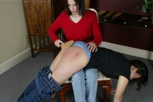 Real Spankings - Kailee Spanks Cindy - image 10