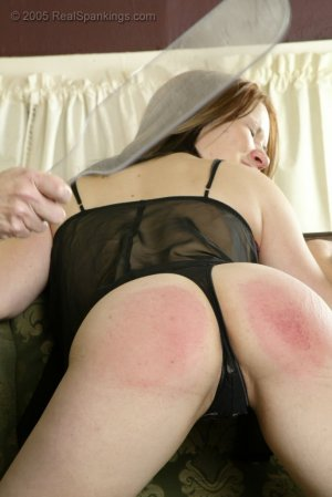 Real Spankings - Faces: Claire - image 3