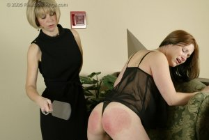 Real Spankings - Faces: Claire - image 4
