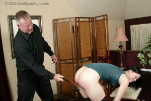 Real Spankings - Kailee Earns Herself A Hard Belting - image 1