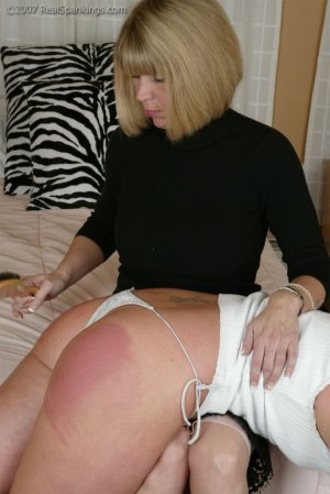 Real Spankings - Brooke's Hair Brush Spanking - image 8