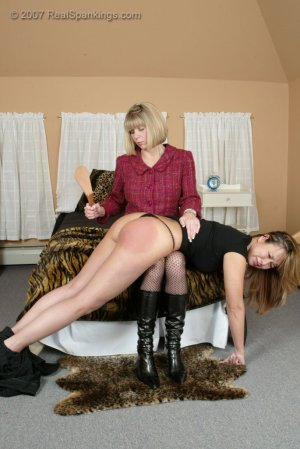 Real Spankings - The Experiment - image 5