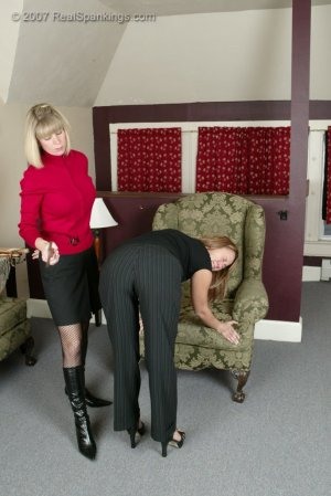 Real Spankings - Cindy's Spanking Session - image 4