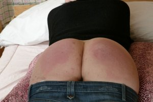 Real Spankings - Faces: Kailee - image 12