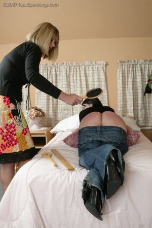 Real Spankings - Faces: Kailee - image 10