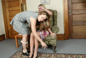 Real Spankings - A Spanking For Cindy - image 1