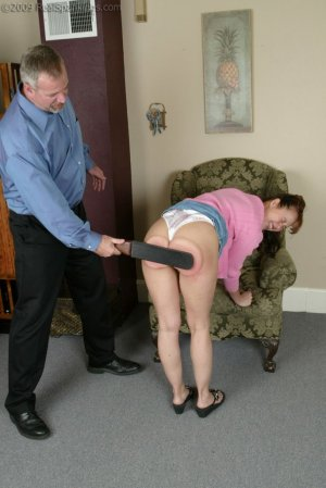 Real Spankings - Cindy's Birthday Spanking - image 7