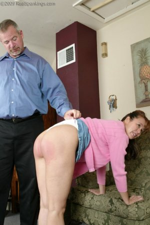 Real Spankings - Cindy's Birthday Spanking - image 17