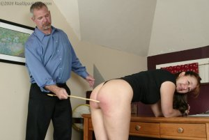 Real Spankings - Cindy Forgets An Important Phone Call - image 5