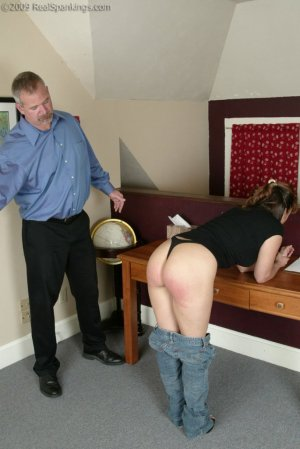 Real Spankings - Cindy Forgets An Important Phone Call - image 2