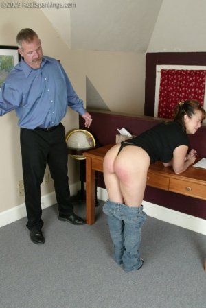 Real Spankings - Cindy Forgets An Important Phone Call - image 9