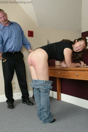 Real Spankings - Cindy Forgets An Important Phone Call - image 12