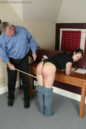 Real Spankings - Cindy Forgets An Important Phone Call - image 14