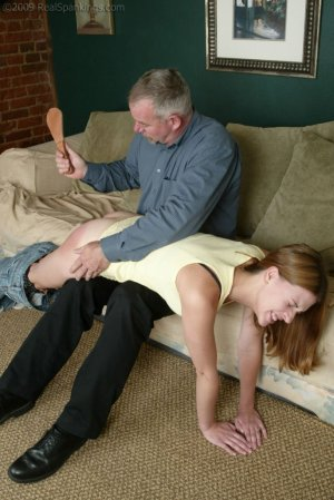 Real Spankings - Monica Lies About A Dent In The Car - image 1