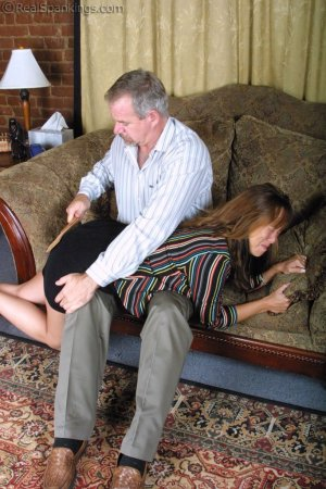Real Spankings - A Lie Gets Cindy Spanked - image 9