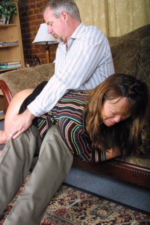 Real Spankings - A Lie Gets Cindy Spanked - image 3