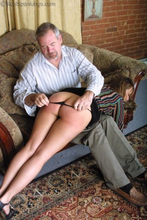 Real Spankings - A Lie Gets Cindy Spanked - image 8