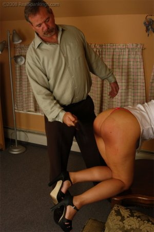 Real Spankings - Cindy Is Spanked On The Table - image 4