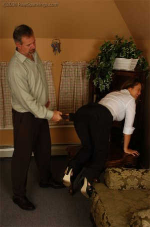 Real Spankings - Cindy Is Spanked On The Table - image 10