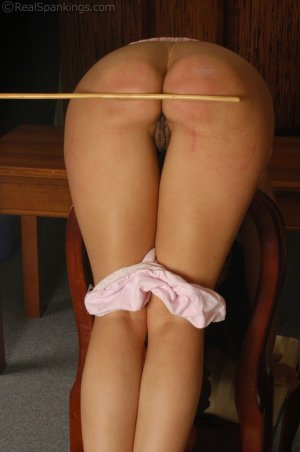 Real Spankings - Cindy's Office Discipline - image 4