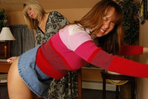 Real Spankings - Cindy Is Caught Not Working - image 10