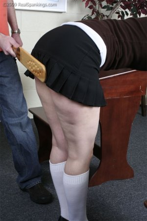 Real Spankings - Extreme School Paddling - image 5
