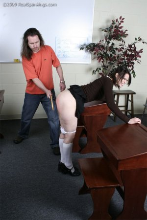 Real Spankings - Extreme School Paddling - image 18