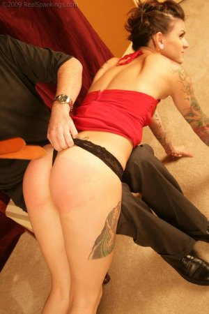 Real Spankings - Jade: Interview And Spanking Test - image 4