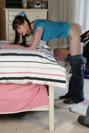 Real Spankings - Monica And Lila Caught Skipping School And Smoking (part 2 Of 2) - image 5