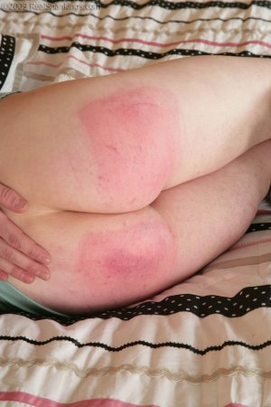 Real Spankings - Lexi's Hard Bare Bottom Strapping - image 1