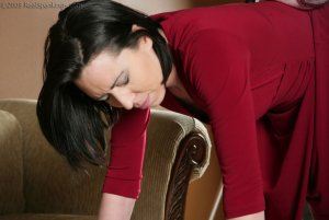Real Spankings - Chloe: Late For First Date - image 16