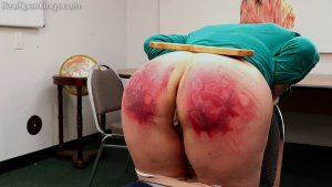 Real Spankings - Faces: Mila - image 15