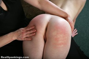 Real Spankings - New Model: Alice - image 10