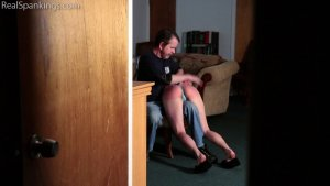 Real Spankings - Spanked At Bedtime (part 1 Of 2) - image 3