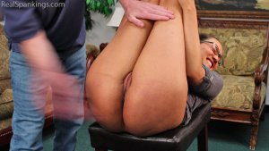Real Spankings - An Embarrassing Spanking For Ambriel - image 6