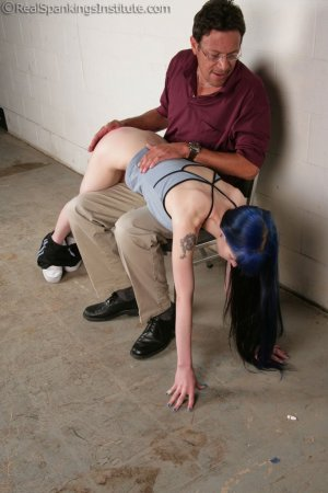 Real Spankings Institute - Mr. King Spanks Lila In The Hallway - image 7