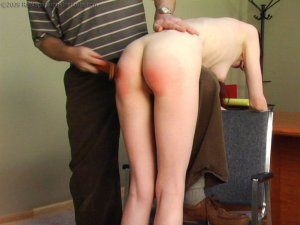 Real Spankings Institute - Lila: Meet The Robospanker (part 2 Of 2) - image 17