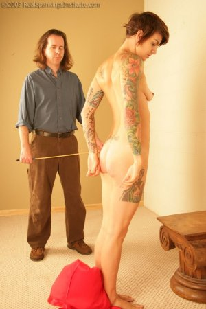 Real Spankings Institute - Vignette - Jade And The Cane - image 7
