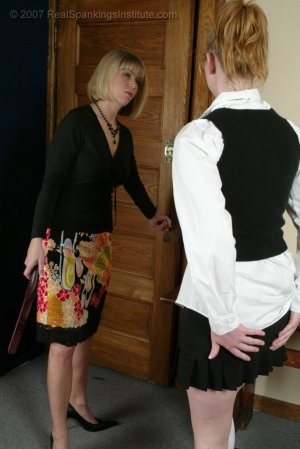 Real Spankings Institute - Brooke's Strapping - image 8