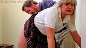 Real Spankings Institute - A Handspanking For 'tardies' - image 9