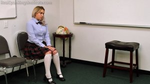 Real Spankings Institute - Cara's Weekly Review (part 1) - image 4
