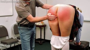 Real Spankings Institute - Cara's Weekly Review (part 1) - image 12